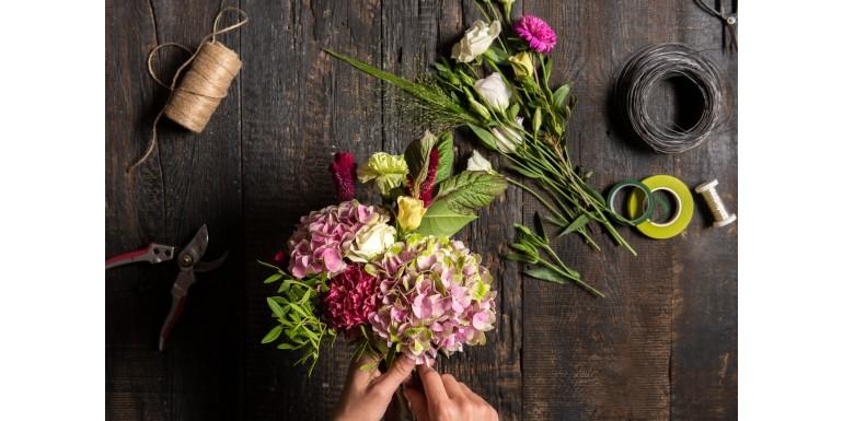Tipuri de ambalaje flori disponibile online