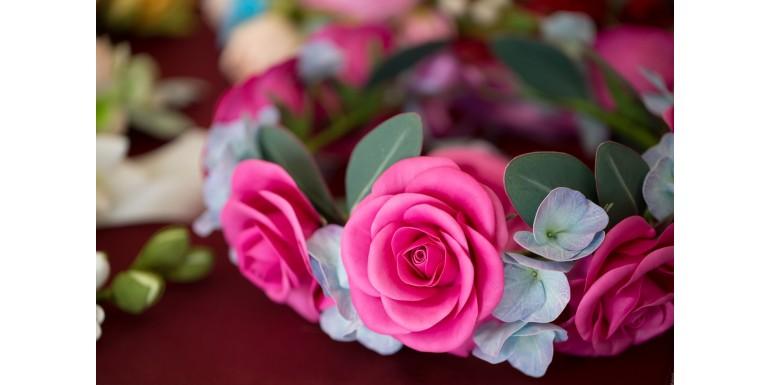 Cum să faci cele mai cool aranjamente din flori artificiale